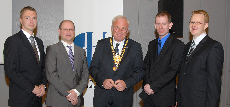 v.l.: Dr. Michael Flagmeyer, Dr. Erik Heim, Prof. Jürgen Hesselbach, Dr. Sven Simon, Dr. Oliver Nowak