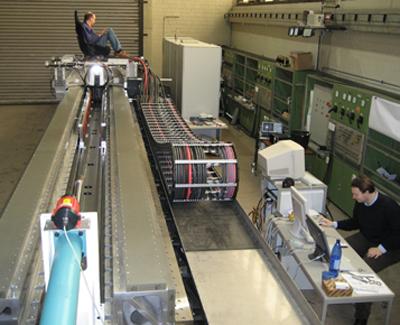Prototyp der Versuchsanlage im Institut für Elektrische Maschinen, Antriebe und Bahnen der TU Braunschweig. Bildnachweis: TU Braunschweig