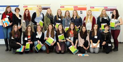 Die Absolventinnen des Niedersachsen-Technikums 2013/14 an der Ostfalia und der TU Braunschweig. Die überwiegende Mehrheit startet jetzt in ein Studium der Ingenieurwissenschaften oder der Informatik.