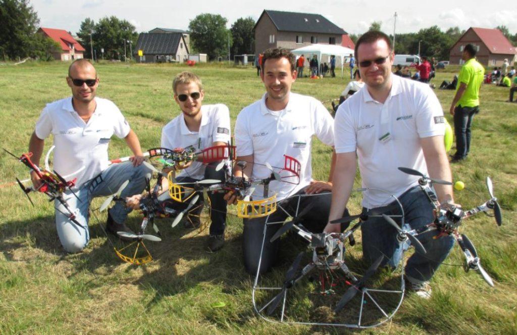 Das AKAMAV-Team auf der IMAV in Delft