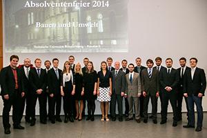 Die Preisträger, die auf dem Absolvententag Bauen und Umwelt 2014 ausgezeichnet wurden.