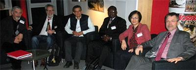 Gruppe der neu gewählten Koordinatoren der regionalen Netzwerke zusammen mit dem Sprecher des neuen Swindon Projekts im Rahmen des DAAD Programms Exceed  mit mit dem neuen Sprecher und wissenschaftlichen Koordinator (von links:  Prof. Bülent Topkaya (Türkei), Prof. Norbert Dichtl (Sprecher TUBS), Prof. Edmilson Santos de Lima, Prof. Samuel Pare (beide Burkina Faso), Prof. Thi Thanh Van Ngo (Vietnam), Prof. Andreas Haarstrick (wiss. Koordinator, TUBS).