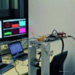 Terahertz-Sender auf einer mechanischen Rotationseinheit während einer Datenübertagung