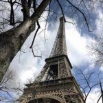 Der Eiffelturm und das Sendezentrum, wo ein Teil des Feldversuches durchgeführt wird