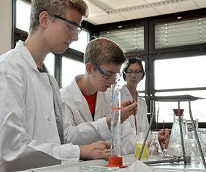 109_2015_Schnupperstudium_Chemie_Presse_01_web