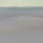 Experimentalrakete »FAUST« durchfliegt den Nebel über dem schwedischen Raumfahrtzentrum Esrange.