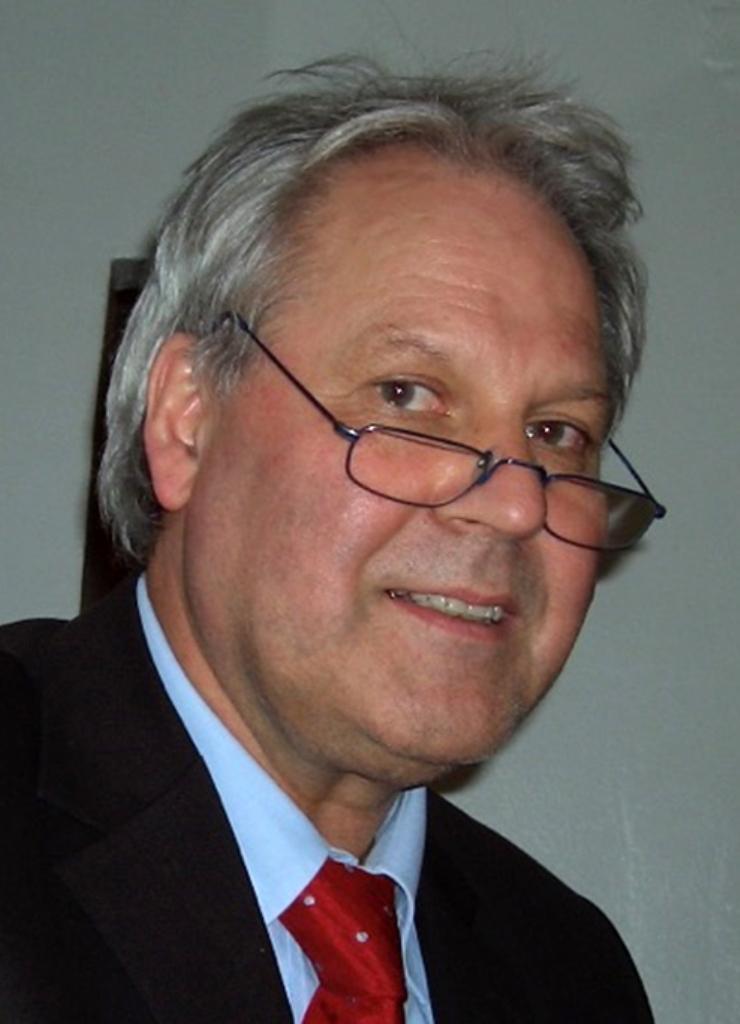 Prof. Dr. Jürgen Howe