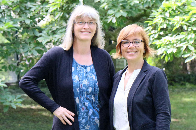 Anette Bartsch und Ulrike Wrobel leiten zusammen die Zentralstelle für Weiterbildung.