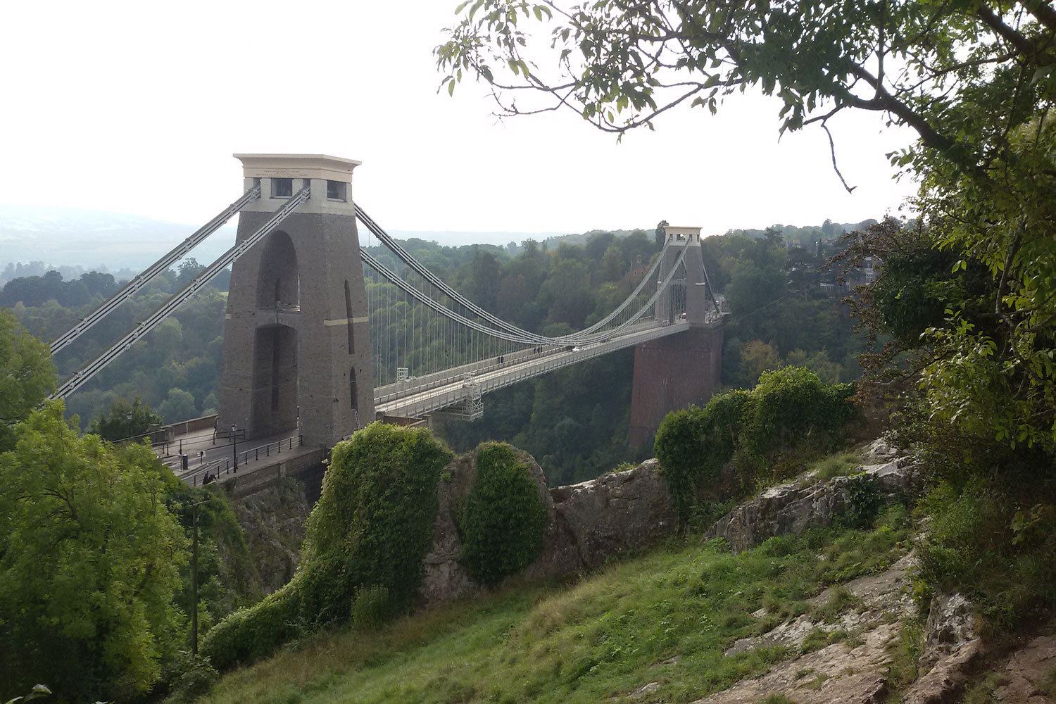 Blick auf die Clifton Suspension Bridge.