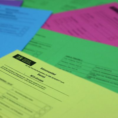 Die verschiedenen Stimmzettel der Hochschulwahlen