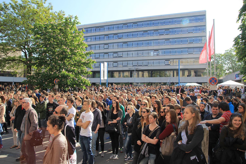 Begrüßung auf dem Hochschulinformationstag 2016