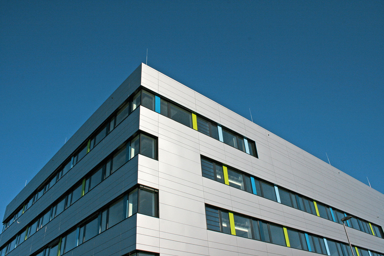 Fassade des Zentrums für Pharmaverfahrenstechnik. Bildnachweis: TU Braunschweig
