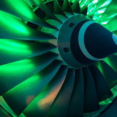 Zu sehen ist ein Triebwerk vom Niedersächsischen Forschungszentrum für Luftfahrt (NFL).