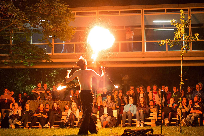Feuershow auf der TU-Night 2017