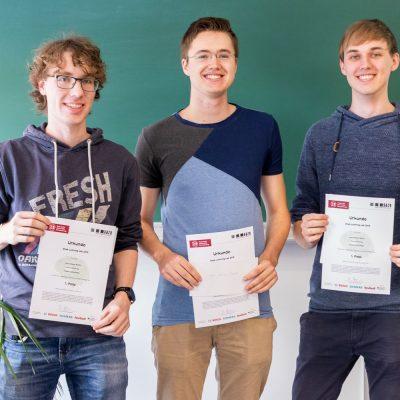 Sören Möllering, Leon Johann Brettin und Torben Schönfelder konnten den Wettbewerb für sich entscheiden. Bildnachweis: Markus Hörster/TU Braunschweig
