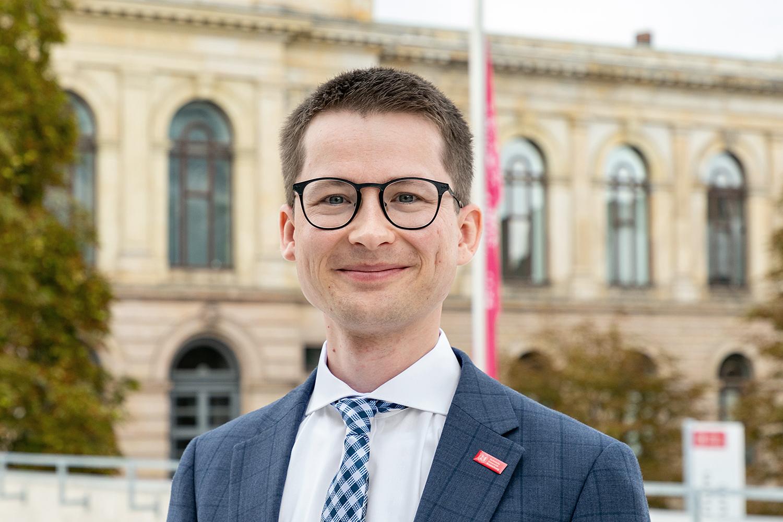Felix Rösel ist neuer Professor für Volkswirtschaftslehre. Bildnachweis: Kristina Rottig/TU Braunschweig